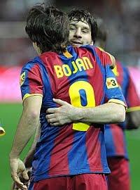 Bojan Kric y Lionel Messi resultaron ser primos de cuarta generación
