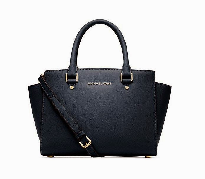 "Michael Kors Selma – the ""IT"" bag that hit the world by storm!"