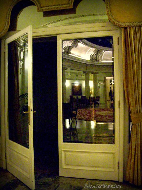 reflejos del salón de la cúpula Hotel Carlton Bilbao