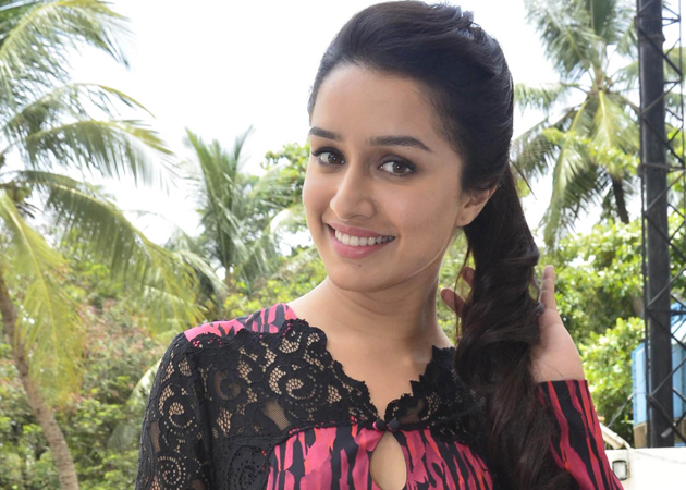 Shraddha Kapoor No.3 Actress in MT WIKI Top 10 Bollywood Actress List, photo