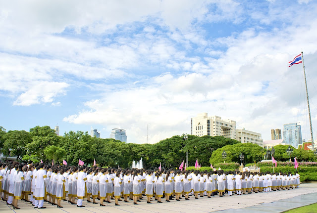 Graduation ceremony Chulalongkorn 2012