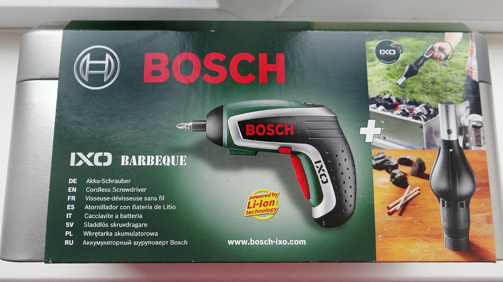 bosch ixo bbq and psr 10 8 li 2 cordless 2 speed drill. Black Bedroom Furniture Sets. Home Design Ideas
