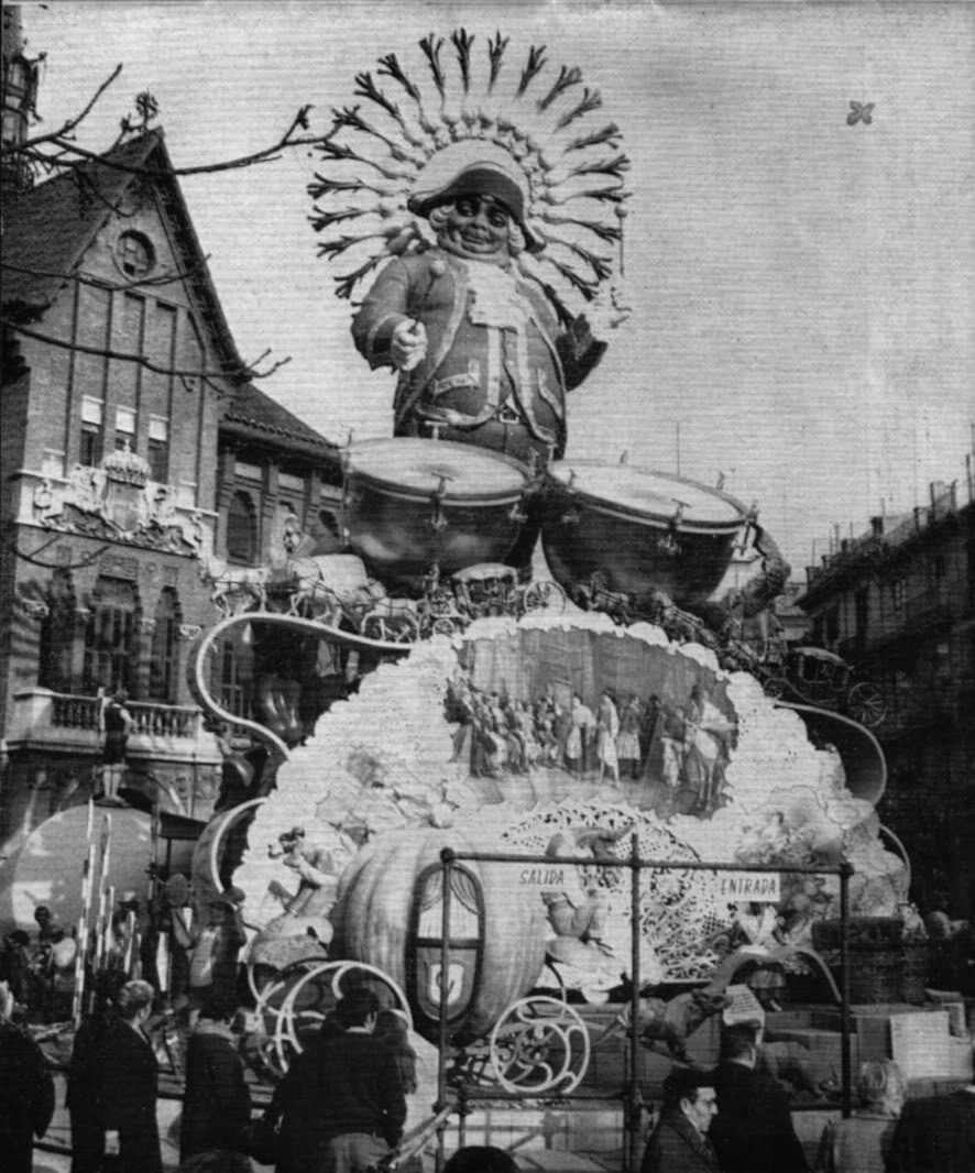 Fallas en Valencia, Mercado Central, Plaza Dr. Collado, 1969