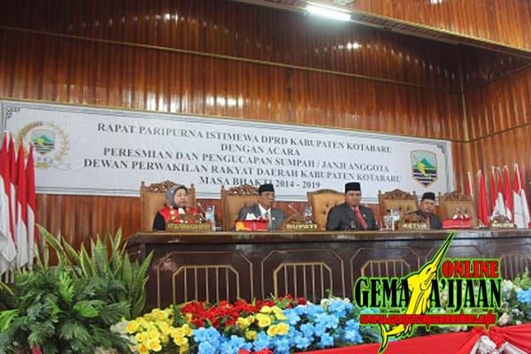 Ratusan Anggota Polres Kotabaru Amankan Pelantikan Dewan