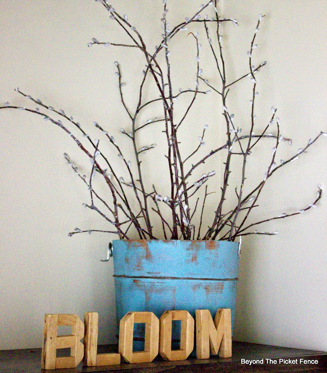 spring pussy willows, DIY, bloom, spring projects, http://bec4-beyondthepicketfence.blogspot.com/2015/03/bestofdiy-spring-pussy-willows.html