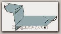 Bước 19: Gấp cạnh giấy vào trong giữa hai lớp giấy.