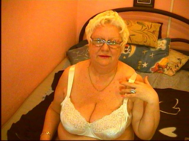 Mature webcams