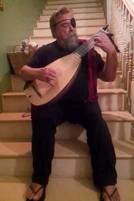 At home with a lute... in pirate mode.