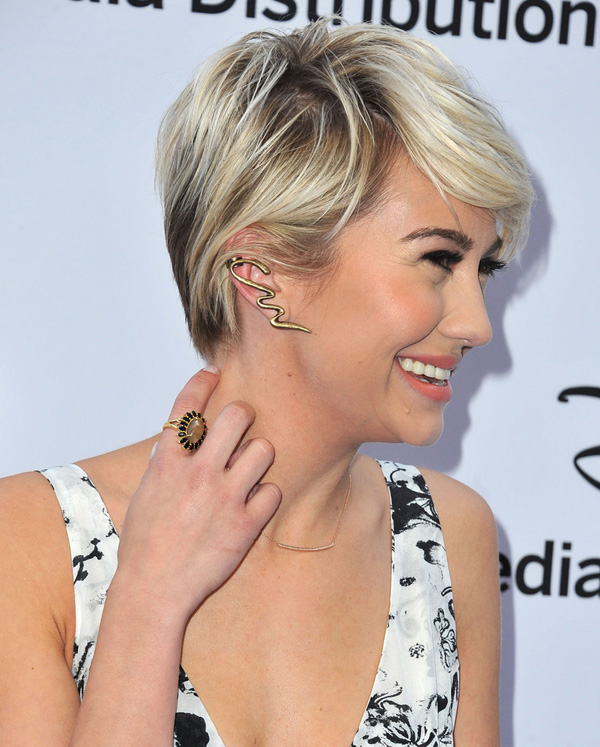 Chelsea Kane Adapted A New Pixie Short Hairstyle Fashion Styles