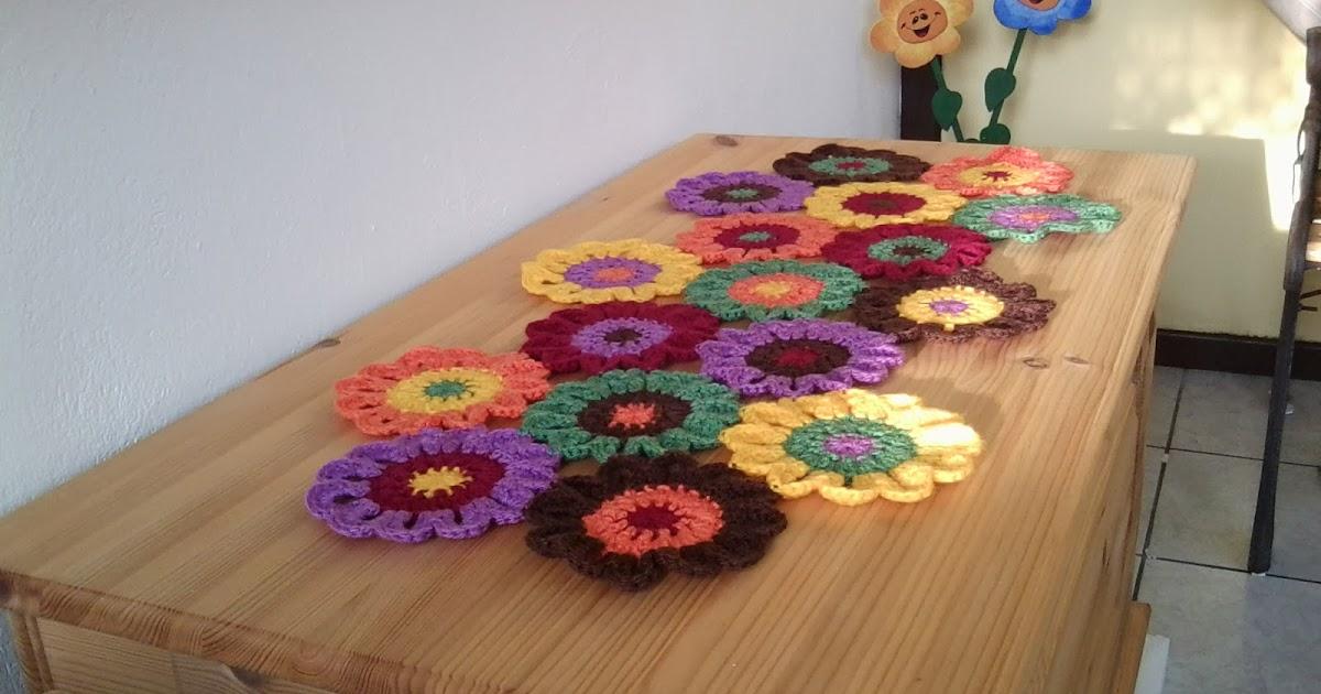 my world of crochet tischdeckchen f r meine freundin. Black Bedroom Furniture Sets. Home Design Ideas
