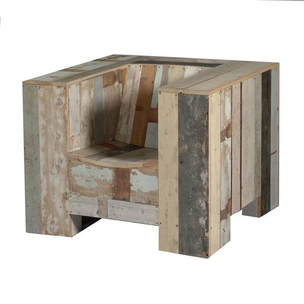 que trasmite comodidad a pesar de estar hecho íntegramente en madera