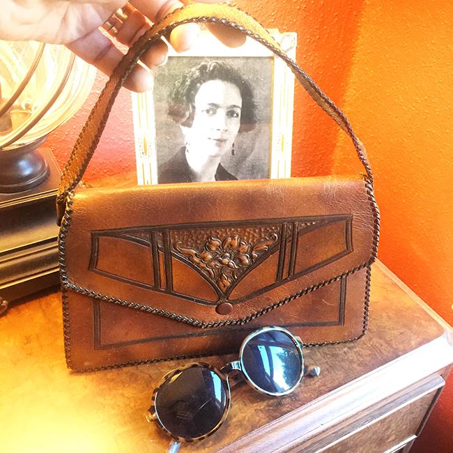 1920s leather purse