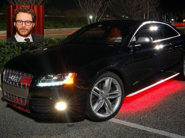 Airtime co-founder Sean Parker, when he is in San Francisco drives the Audi S5, whose prices start from 50 000 dollars. But sometimes, when Parker in Los Angeles, runs a $ 100 $ 000 Tesla Model S.
