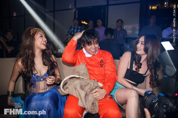 bangs garcia and danita paner kissing a scarecrow at 2013 fhm halloween ball 04