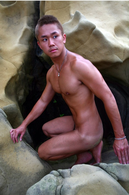 hot spring nude boy
