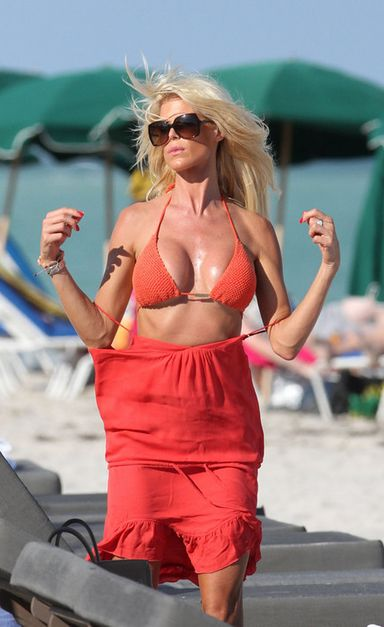 victoria silvstedt bikini 2012 13 According to MSNBC, less than two percent of girls who get pregnant before ...