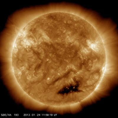 AGUJERO CORONAL SOLAR 24 DE ENERO 2013