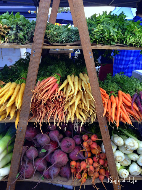 Heirloom carrots at Orange Grove markets