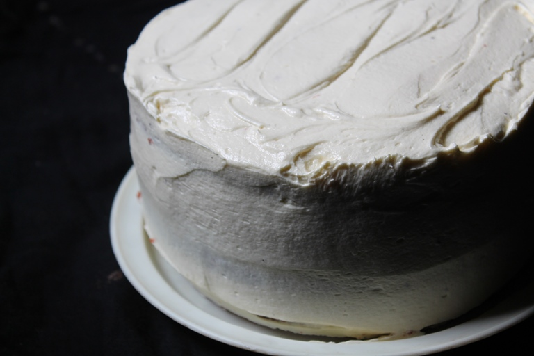 how to make buttercream frosting less sweet