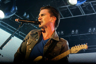 Juanes must figure in every Spanish learner's music collection
