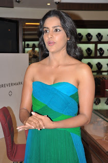 Priya Anand spotted in a sleeveless Green Dress at a Jeweler Store Launch
