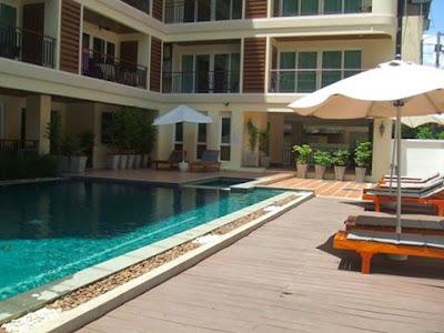 swimming pool Jomtien Paradise