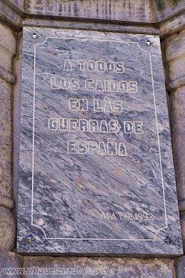 Cruz Caídos Almendral