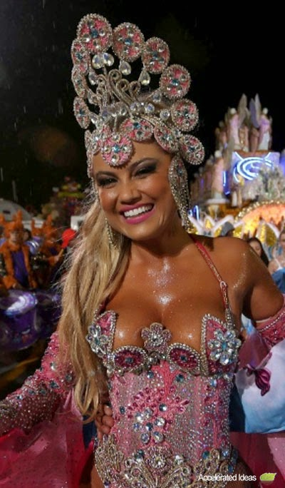 Ellen Roche from The Golden Roses as Barbie during the Brazilian Carnival 2014.