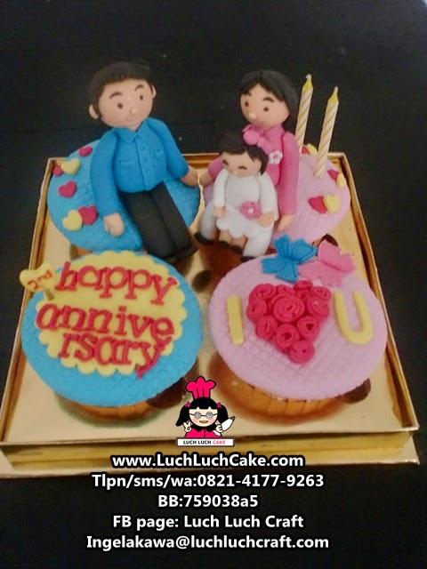 Cupcake Ulang Tahun Pernikahan Daerah Surabaya - Sidoarjo