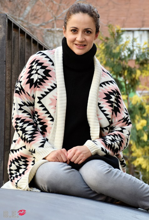 Outfit-cardigan-geometrico-4