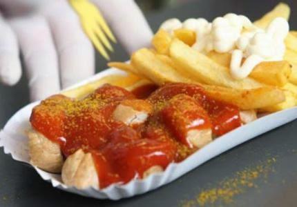 هل تعلم أن تسخين الأغذية في أوان بلاستيكية يدمر الصحة