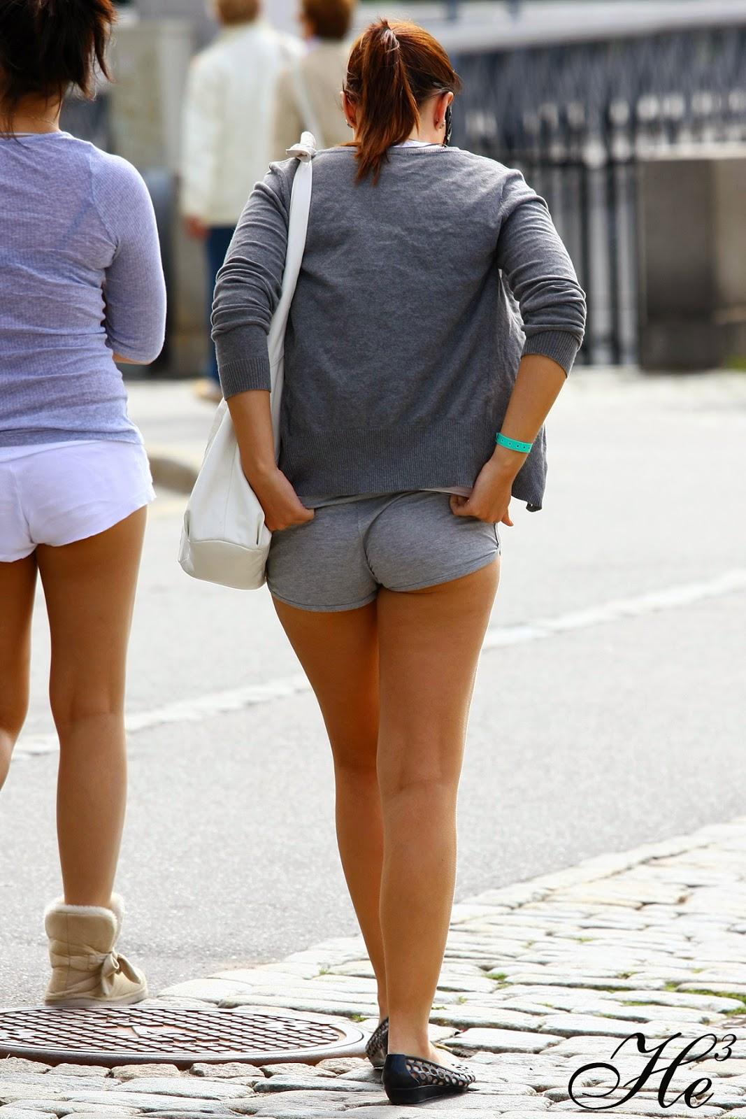 Caminando por la calle - XVIDEOSCOM