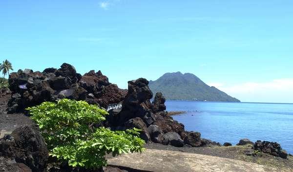 Objek Wisata Gunung Gamalama Ternate Maluku 5