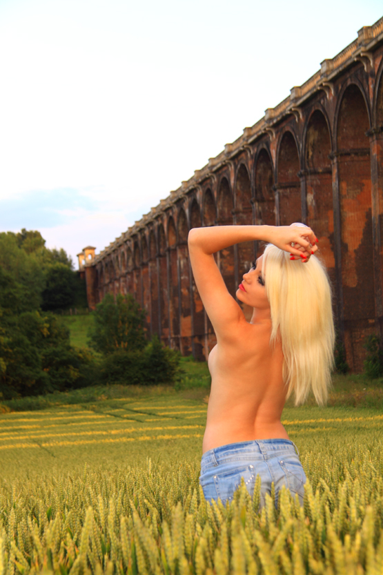 http://4.bp.blogspot.com/-gEhUdjtHhok/TiibY_V180I/AAAAAAAAAxQ/aBuceeAkWWo/s1600/IMG_2844-01.jpg