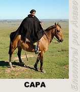 Foto de um gaúcho com sua Capa.