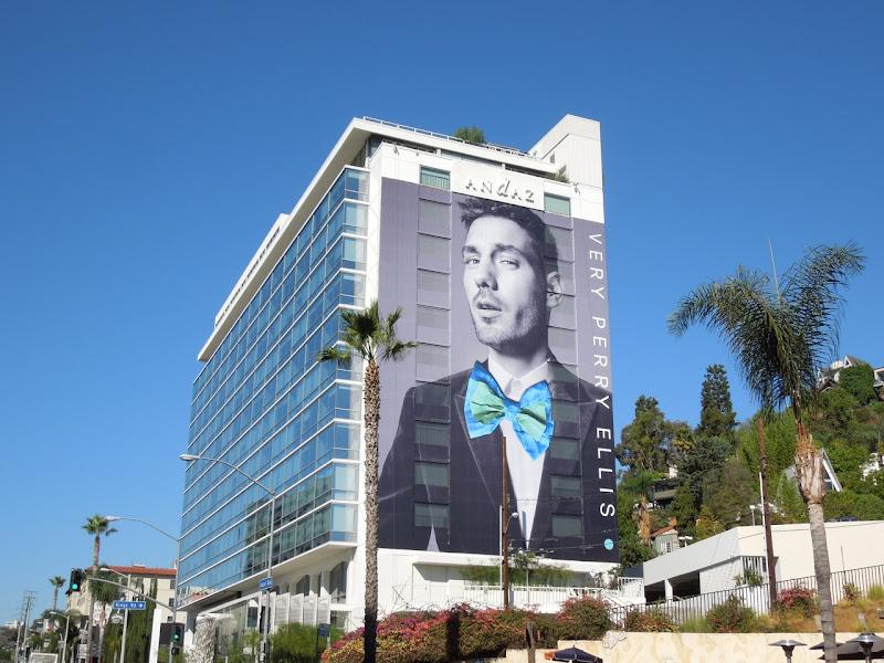 Giant Very Perry Ellis bow tie billboard