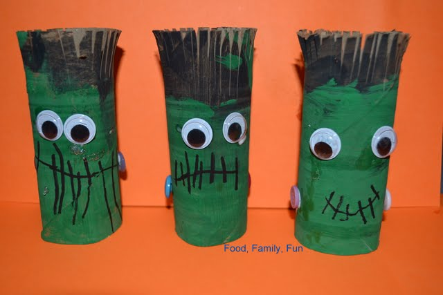 Food family fun frankenstein toilet paper roll craft for Fun crafts with toilet paper rolls