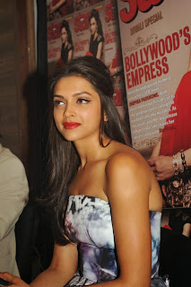Actress Deepika Padukone Latest Pictures at Starweek Magazine Diwali Special Edition Launch 0003.jpg
