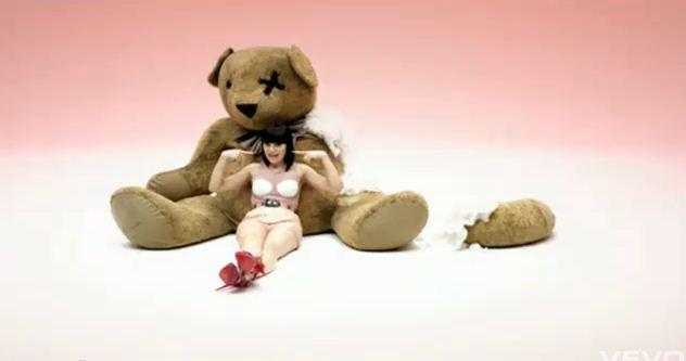 Chord Guitar: Jessie J - Price Tag ft. B.o.B. Free Video Clips