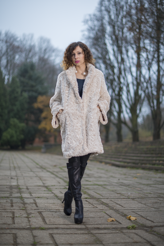 beige fur coat H&M