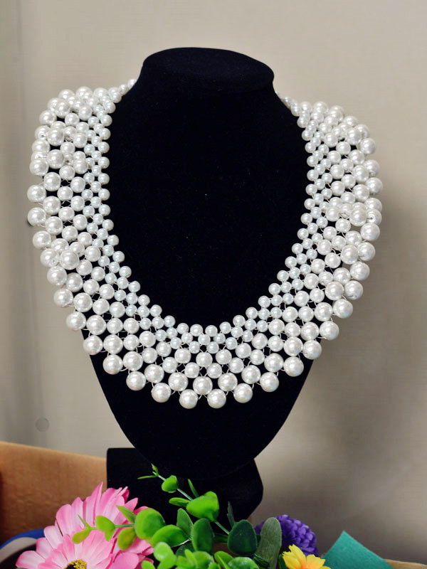 Crafting Wire: How to Make a Fabulous Bridal Beaded Statement Necklace