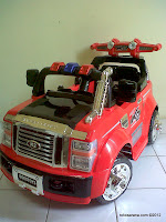 DoesToys DT8069 Super Duty Battery-operated Toy Car