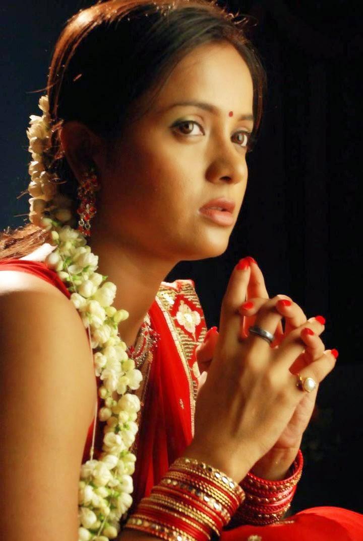 Tanu Roy Hot Saree Pictures | Tanu Roy Exposing Telugu ...