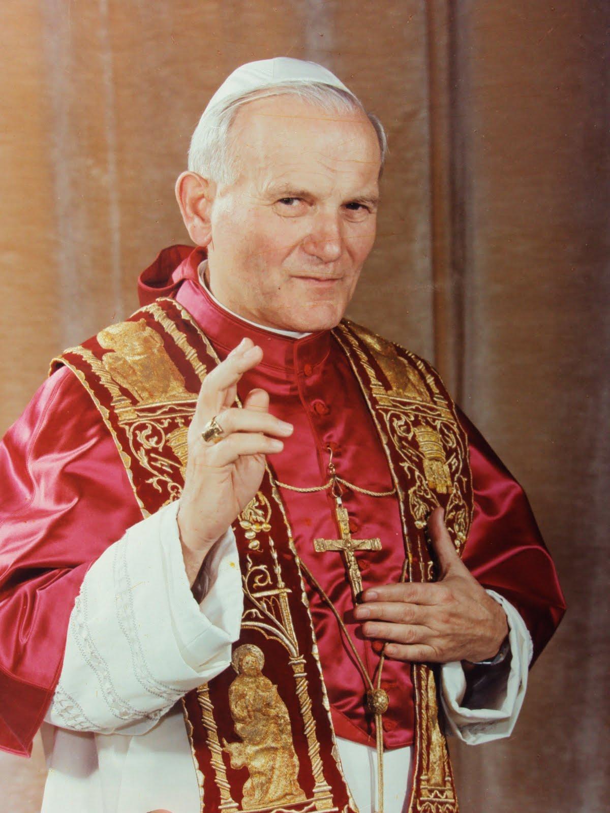 Sacerdotus: Blessed John Paul II - 1st Year Anniversary