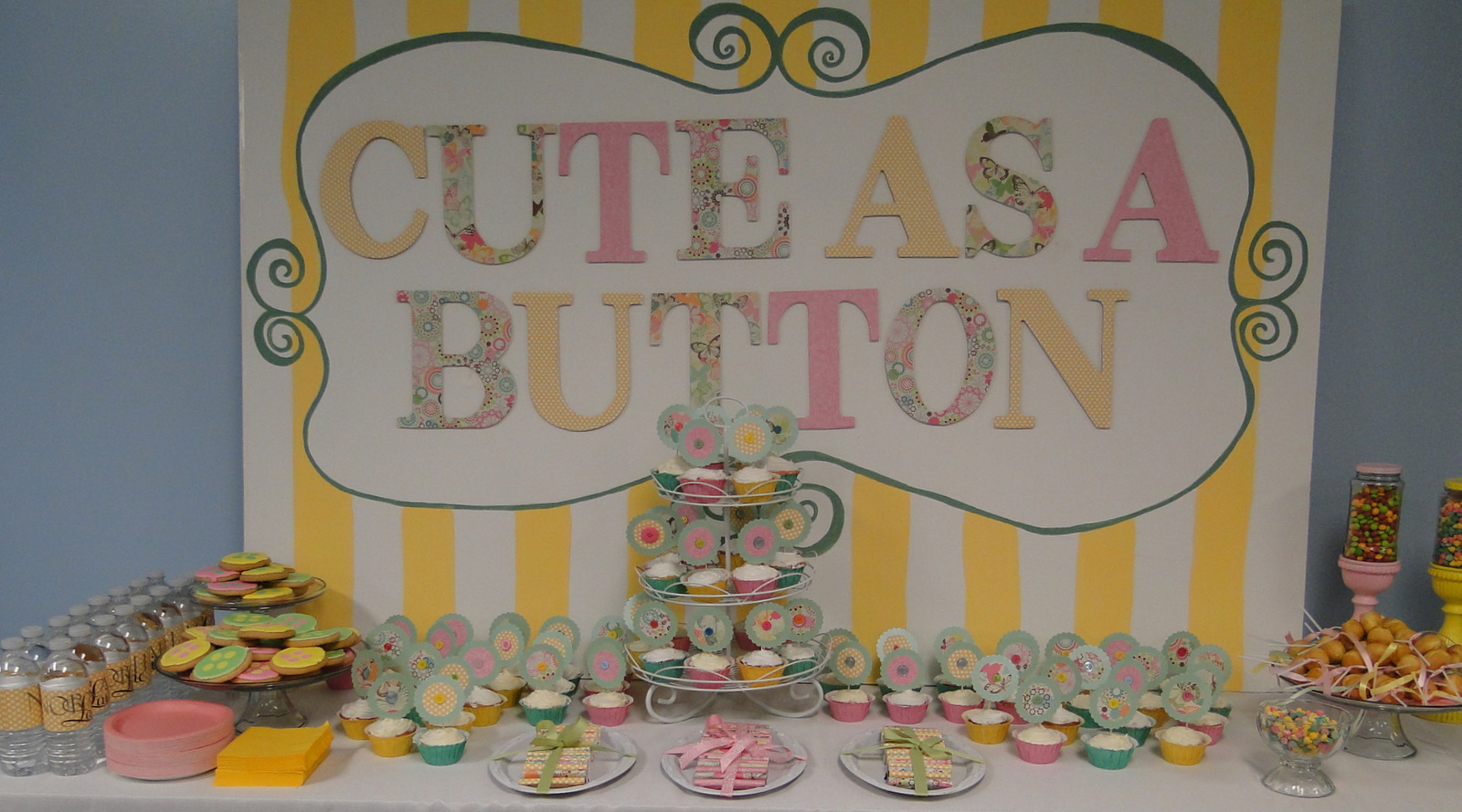Animal Crackers Exclusive Cute As A Button Baby Shower