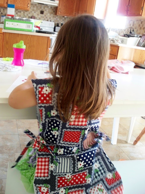 mama made apron
