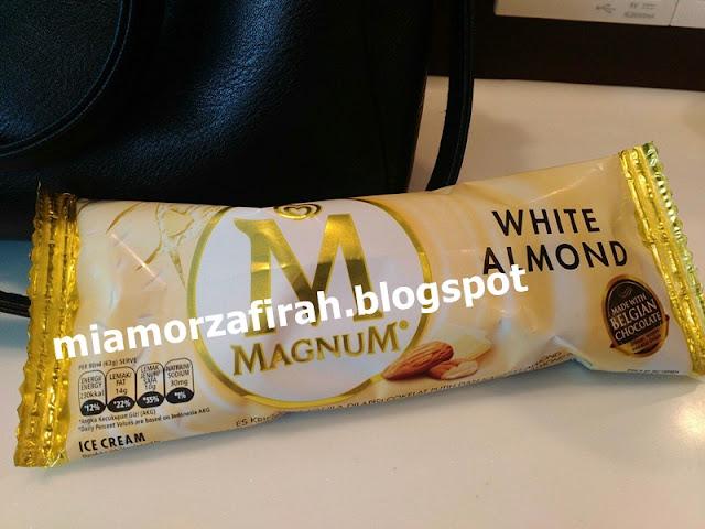 Magnum White Almond, aiskrim magnum, magnum ice cream, white almond, magnum white,