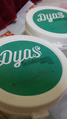 Dyas scrub,scrub muka,skrub 2 in 1, produk dyas ,dyas scrub muka dan badan,srub muka hilangkan whitehead,scrub organic