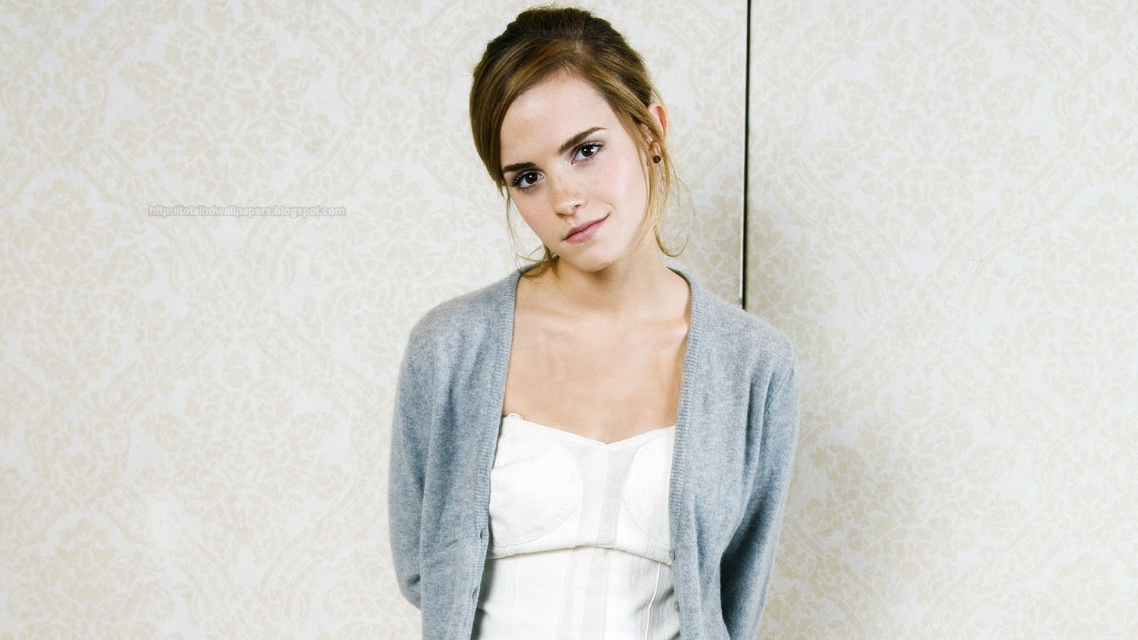 actresses hd wallpapers: emma watson hd wallpapers