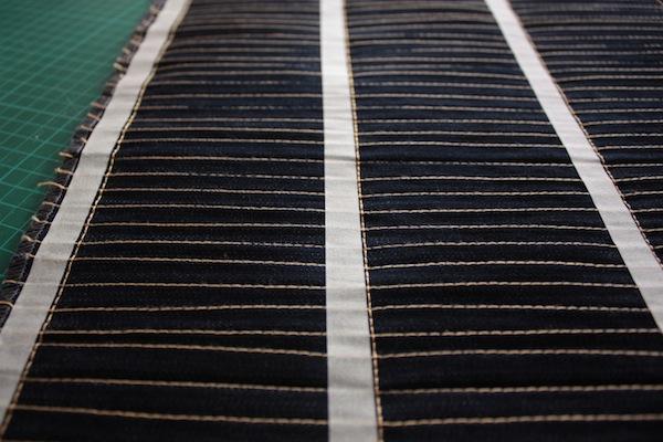 fabric manipulation · almohadón · 13 pespuntes perpendiculares · Ro Guaraz